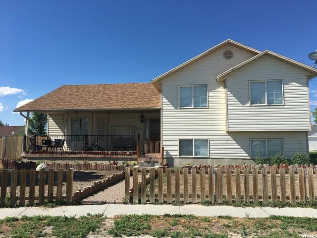 Single Family for Sale at 2085 E MOUNTAIN VIEW Drive Eagle Mountain, Utah 84005 United States