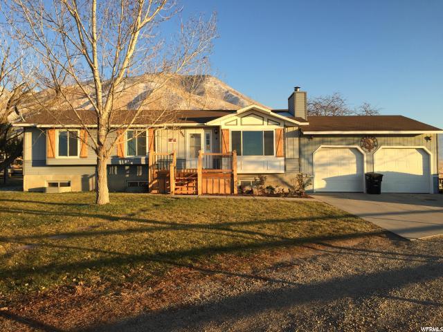 Unique la famille pour l Vente à 1446 CLAYTON Street 1446 CLAYTON Street Erda, Utah 84074 États-Unis