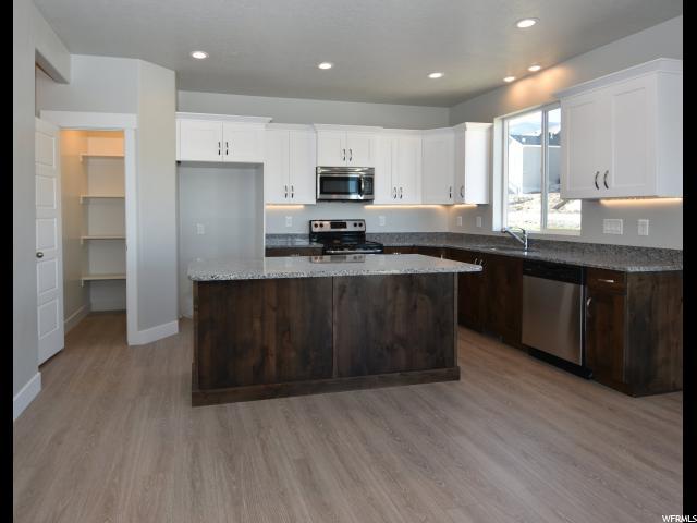 Additional photo for property listing at 7833 N COBBLEROCK Road 7833 N COBBLEROCK Road Unit: 238 Lake Point, Utah 84074 United States