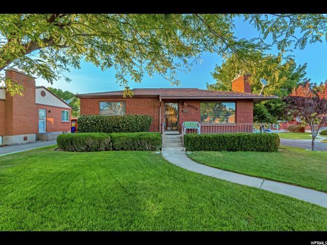 单亲家庭 为 销售 在 8332 W POWELL Avenue Magna, 犹他州 84044 美国