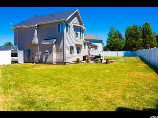Additional photo for property listing at 1953 S 350 E 1953 S 350 E Clearfield, Utah 84015 United States