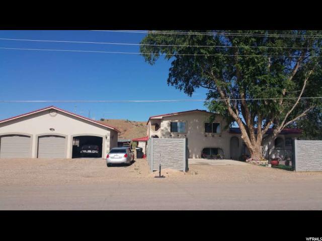 Single Family for Sale at 815 N CRESCENT 815 N CRESCENT Roosevelt, Utah 84066 United States