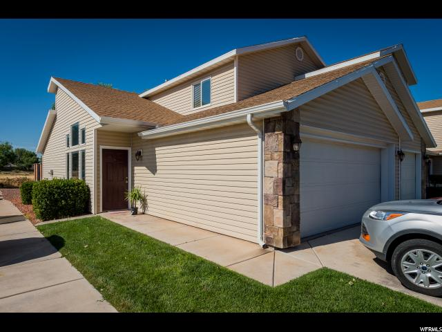 Townhouse for Sale at 969 W 200 S Hurricane, Utah 84737 United States