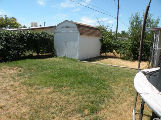 Additional photo for property listing at 3876 S 1950 W  Roy, Utah 84067 United States