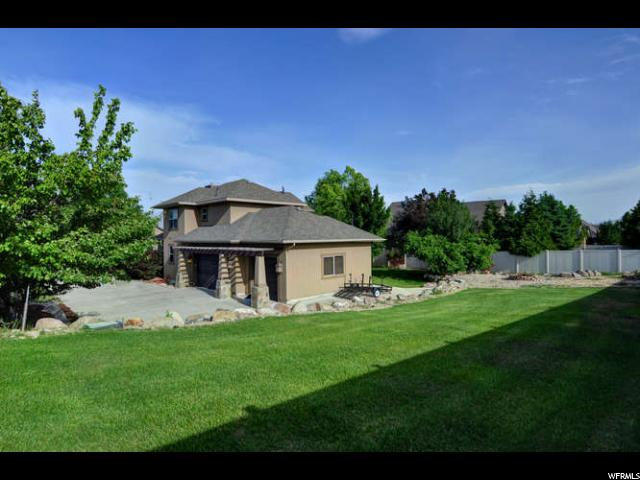 Additional photo for property listing at 11418 S 3420 W  South Jordan, Utah 84095 États-Unis