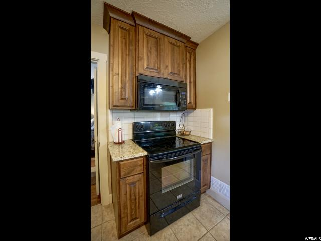 Additional photo for property listing at 985 E BINFORD Street 985 E BINFORD Street Ogden, Utah 84401 United States