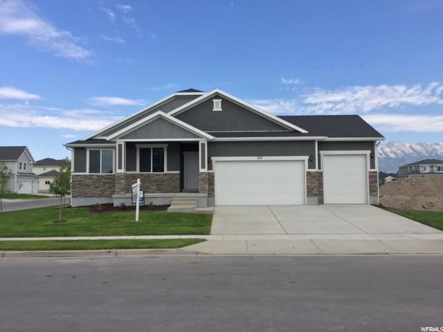 单亲家庭 为 销售 在 217 E 1500 S 217 E 1500 S Unit: 32 Lehi, 犹他州 84043 美国
