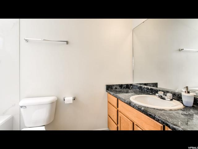 Additional photo for property listing at 4874 W SPIRIT LAKE Circle  Riverton, Utah 84096 États-Unis
