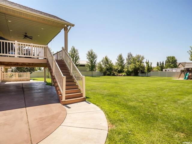 Additional photo for property listing at 4929 S 5300 W 4929 S 5300 W Hooper, Utah 84315 Estados Unidos
