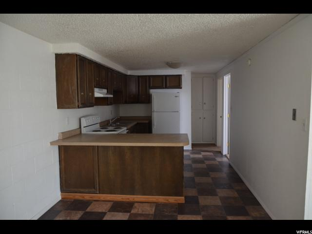 Additional photo for property listing at 68 S 600 W  Vernal, 犹他州 84078 美国
