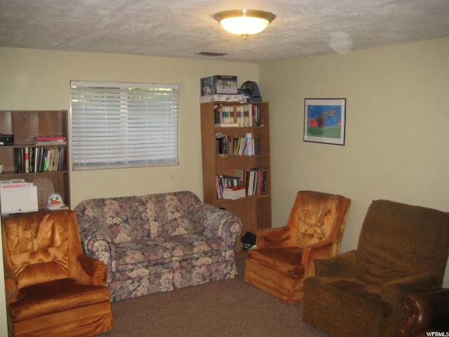 Additional photo for property listing at 376 E 2700 N  North Logan, Юта 84341 Соединенные Штаты