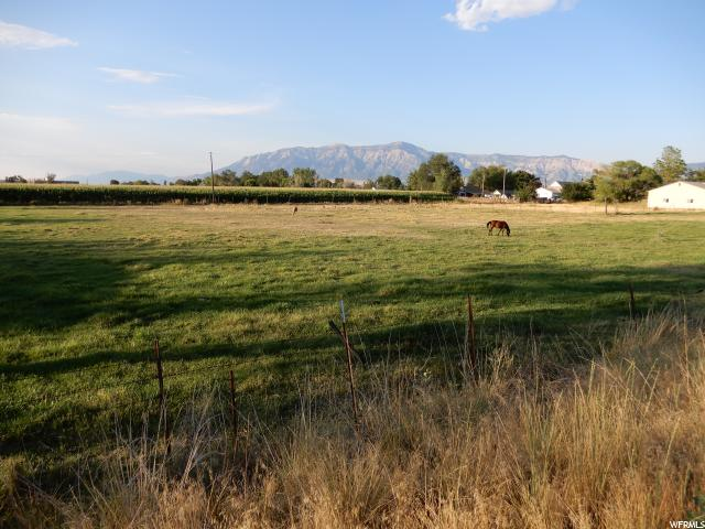 Additional photo for property listing at 4196 W 1250 S 4196 W 1250 S Ogden, Utah 84404 États-Unis