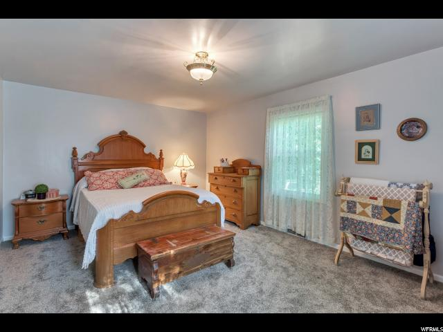Additional photo for property listing at 526 E 2750 N  North Ogden, 犹他州 84414 美国