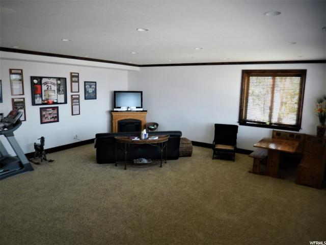 Additional photo for property listing at 155 S BLUFF Street 155 S BLUFF Street Hyde Park, Utah 84318 United States