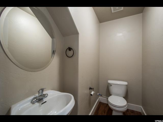 Additional photo for property listing at 137 S TAMARAK Circle  Lehi, Utah 84043 États-Unis