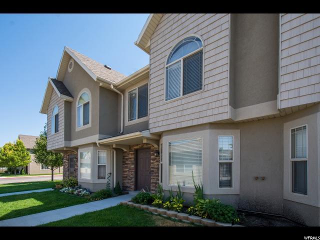 Maison accolée pour l Vente à 137 S TAMARAK Circle Lehi, Utah 84043 États-Unis