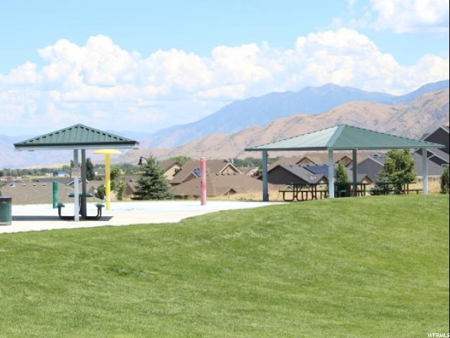 Additional photo for property listing at 653 W STONE BROOK Lane  Santaquin, Utah 84655 United States