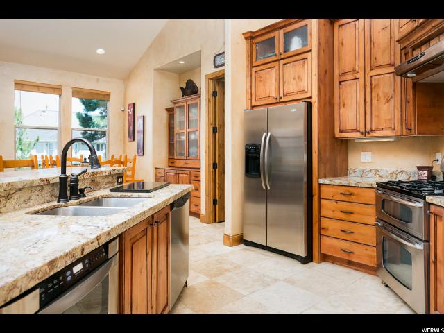 Additional photo for property listing at 1735 E TUSCAN RIDGE CV 1735 E TUSCAN RIDGE CV 桑迪, 犹他州 84092 美国