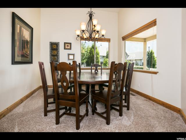 Additional photo for property listing at 1735 E TUSCAN RIDGE CV 1735 E TUSCAN RIDGE CV Sandy, Utah 84092 Estados Unidos