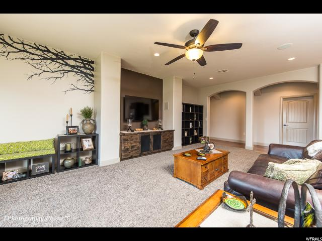 Additional photo for property listing at 2624 S 3970 W 2624 S 3970 W Hurricane, 犹他州 84737 美国