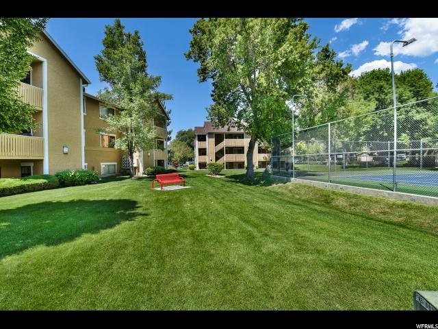 Additional photo for property listing at 7204 RIDGEMEADOW Lane 7204 RIDGEMEADOW Lane Unit: 2C Cottonwood Heights, Utah 84121 United States