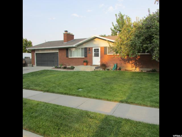 Single Family for Sale at 13489 S HOMESTEAD Lane Riverton, Utah 84065 United States