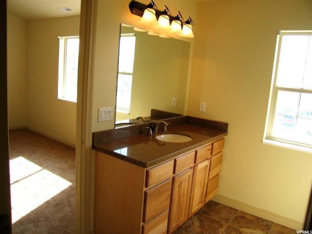 Additional photo for property listing at 283 E ROCKINGHAM Court 283 E ROCKINGHAM Court Unit: 283 South Salt Lake, 犹他州 84115 美国