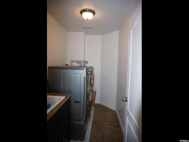Additional photo for property listing at 409 W 300 N Street 409 W 300 N Street Springville, Юта 84663 Соединенные Штаты