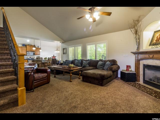 Additional photo for property listing at 427 N 1050 E 427 N 1050 E Layton, 犹他州 84040 美国