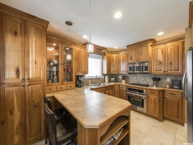 Additional photo for property listing at 4460 S HOLLADAY Boulevard  Holladay, Utah 84124 United States