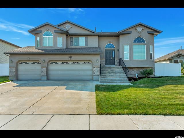 单亲家庭 为 销售 在 1029 W OLDHAM Drive 北盐湖城, 犹他州 84054 美国