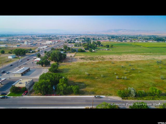 Additional photo for property listing at 2385 S 1500 E 2385 S 1500 E Naples, Utah 84078 United States