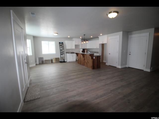 Additional photo for property listing at 252 W 40 N 252 W 40 N Hyrum, Utah 84319 United States