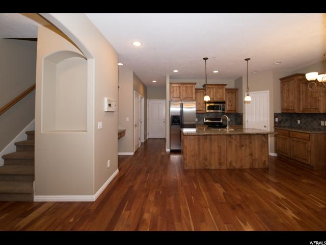 885 E RED SAGE LN Murray, UT 84107 - MLS #: 1470445