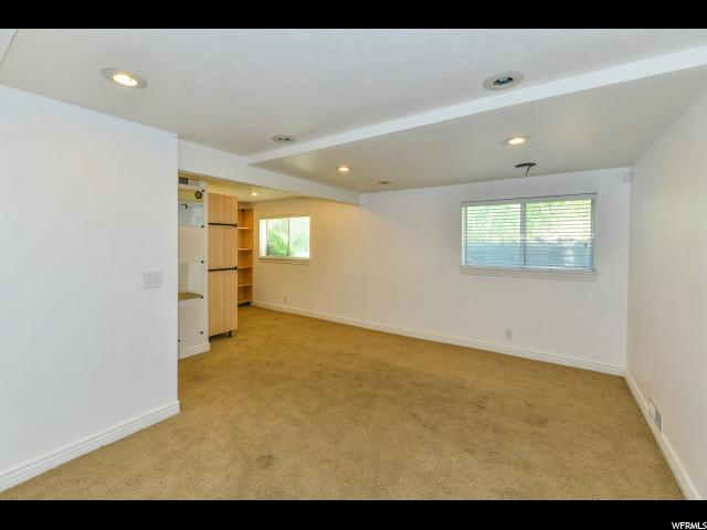 Additional photo for property listing at 8326 S PLUM BLOSSOM Circle 8326 S PLUM BLOSSOM Circle 西约旦, 犹他州 84088 美国