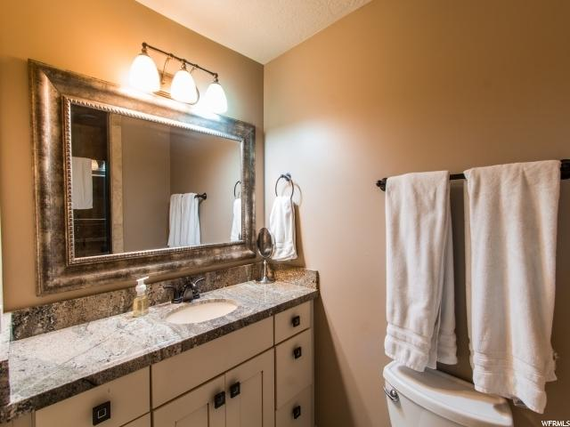 Additional photo for property listing at 2425 E CINNABAR Lane  Cottonwood Heights, Utah 84121 United States