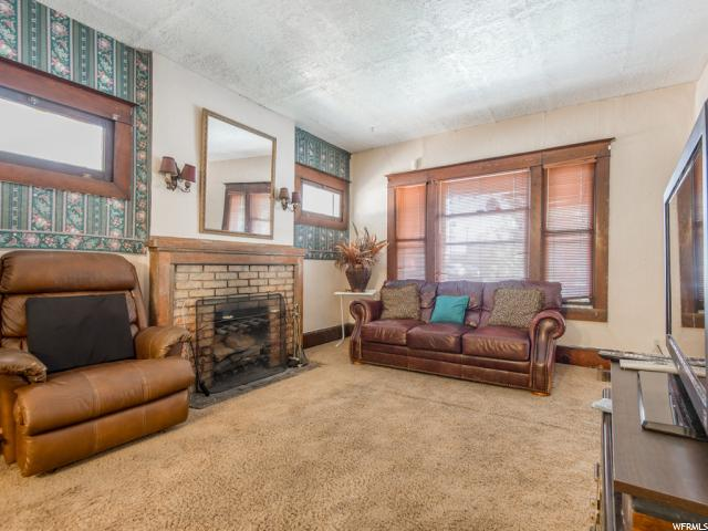 Additional photo for property listing at 126 W 900 S  Salt Lake City, Utah 84101 United States
