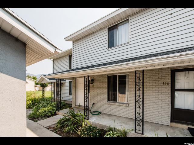 联栋屋 为 销售 在 136 W 1260 S Logan, 犹他州 84321 美国