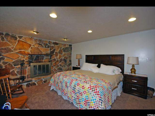 Additional photo for property listing at 266 W 2400 S  Bountiful, Utah 84010 États-Unis