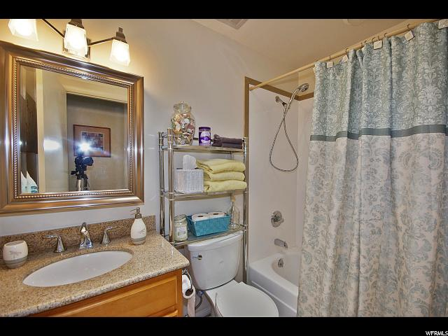Additional photo for property listing at 266 W 2400 S  Bountiful, Utah 84010 United States