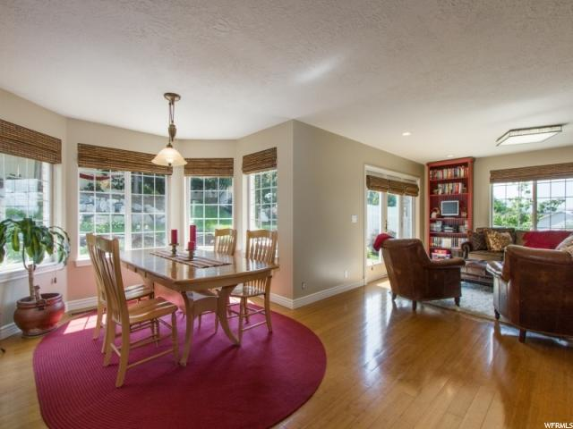 Additional photo for property listing at 952 N DORIS Circle 952 N DORIS Circle Centerville, Utah 84014 United States