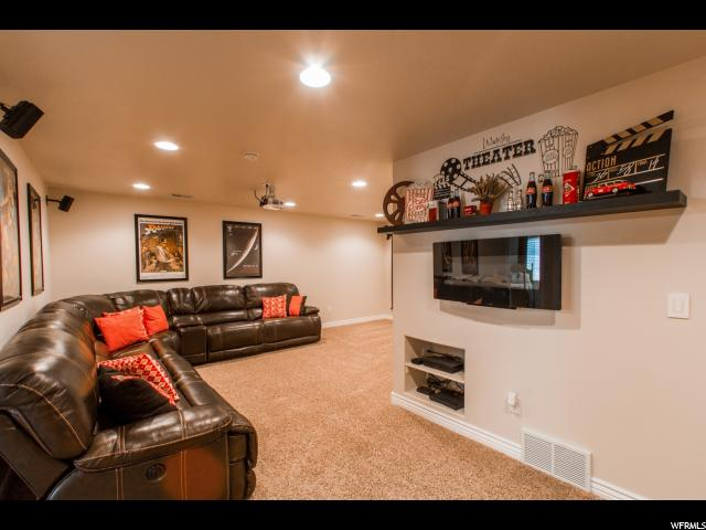 Additional photo for property listing at 3033 S ASHBURTON Lane  West Valley City, Utah 84120 Estados Unidos