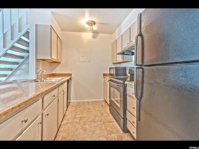 1190 E WATERSIDE CV Unit 21 Cottonwood Heights, UT 84047 - MLS #: 1470833