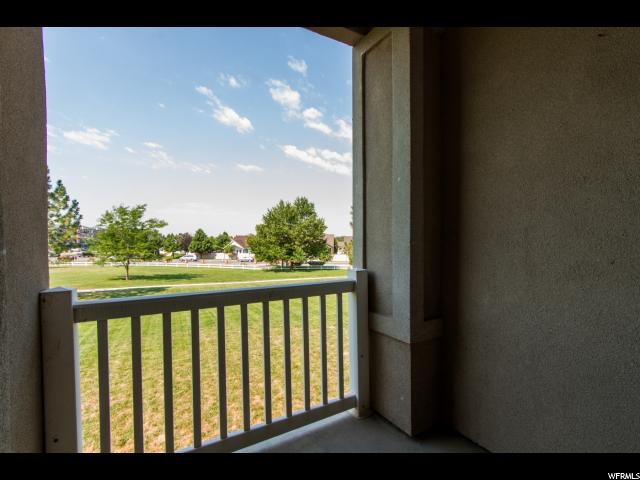 Additional photo for property listing at 37 COURTYARD Lane  Centerville, Utah 84014 États-Unis