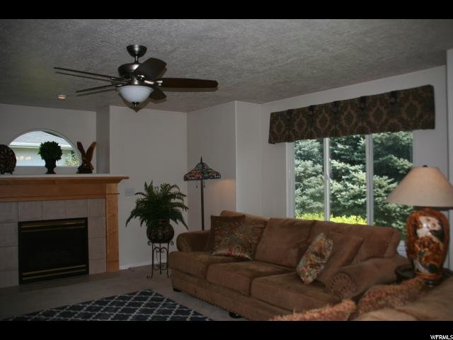 230 BURTON LN Kaysville, UT 84037 - MLS #: 1471008