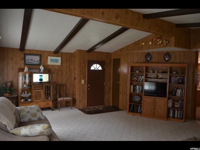 Additional photo for property listing at 1150 W 725 S  Vernal, 犹他州 84078 美国