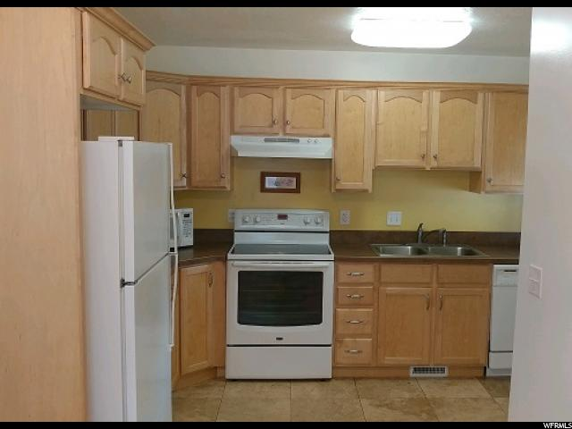 Additional photo for property listing at 109 S LAKEVIEW Drive  Clearfield, Юта 84015 Соединенные Штаты
