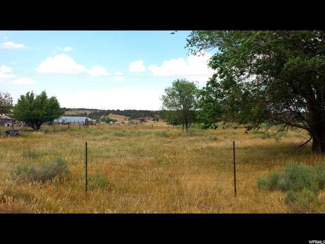 Additional photo for property listing at 550 N 150 E 550 N 150 E Monticello, Utah 84535 Estados Unidos