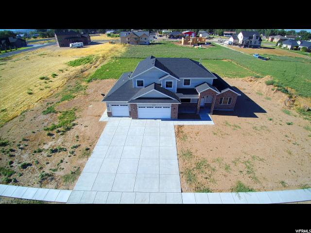 Additional photo for property listing at 4049 W 2400 S 4049 W 2400 S Taylor, Юта 84401 Соединенные Штаты