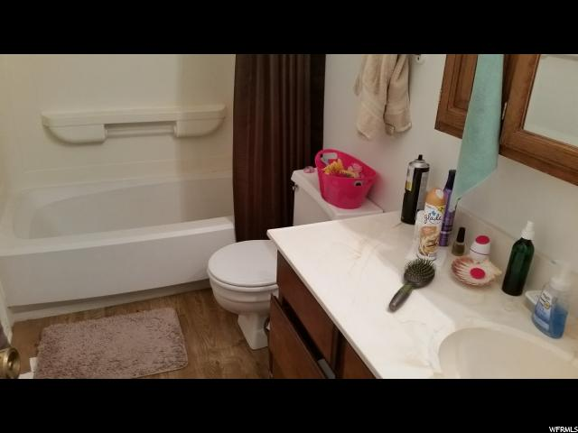 Additional photo for property listing at 1546 W 300 S 1546 W 300 S Vernal, Юта 84078 Соединенные Штаты